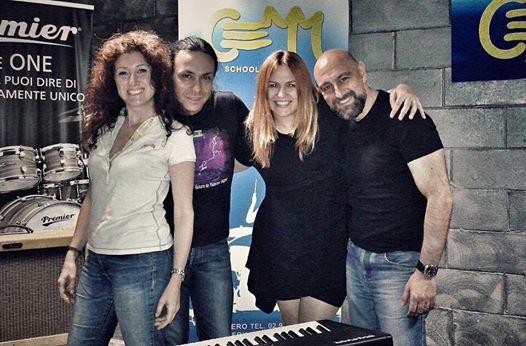 i-coristi-di-radio-italia-live-al-cemm
